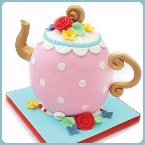cake decorating class, cake school, teapot cake, sugarcraft, skills, classes, norwich, norfolk